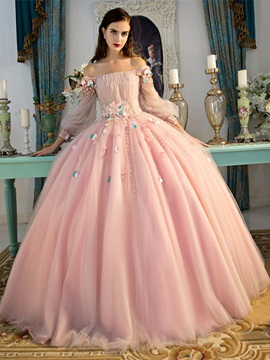 Pretty Off-the-Shoulder Long Sleeves Pleats Quinceanera Dress