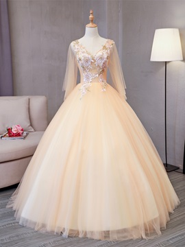 Charming Appliques Pearls Sequins V-Neck Quinceanera Dress
