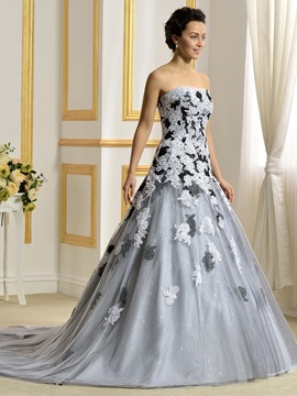 Floor Length A-Line Strapless Lace Appliques Color Wedding Dress