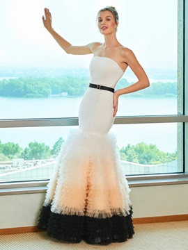 Strapless Tiered Tulle Mermaid Wedding Dress