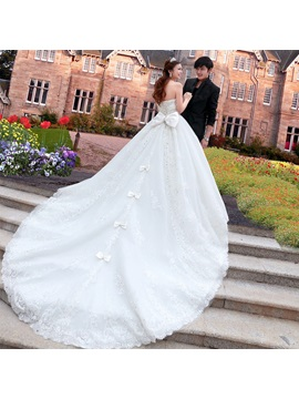 Luxurious Sweetheart Cathedral A-Line Train Lace Bowknot Wedding Dress