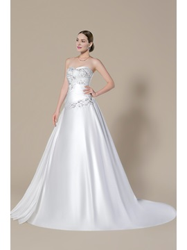 Strapless Sweetheart Applique Beading Lace-Up Court Train A-Line Floor-length Wedding Dress