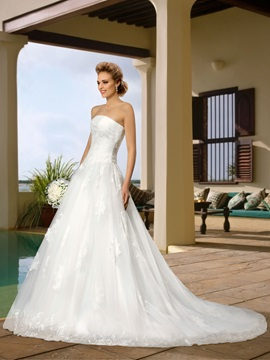 A-Line Lace Court Train Strapless Wedding Dress