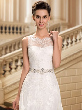 Delicate Straps Lace Appliques Beaded Waist Wedding Dress