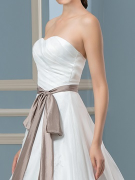 Floor Length A-Line Sweetheart Button Zip-up Court Train Wedding Dress