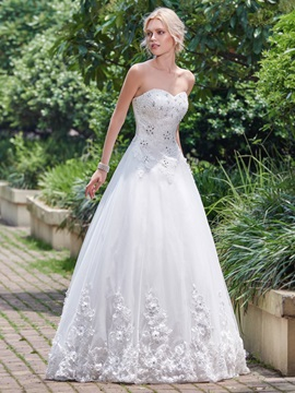 Delicate Sweetheart Appliques Beading Lace-Up Wedding Dress