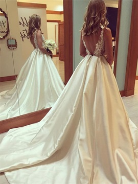 Ladylike Straps Appliques A-Line Wedding Dress