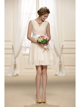 Elegant Ruched V-Neck Short A-Line Plus Size Bridesmaid Dress