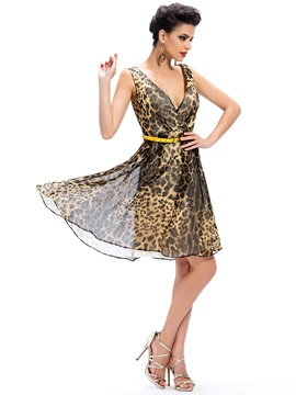 Sensual Deep V-Neck Leopard Print A-Line Sashes Short Cocktail/Party Dress