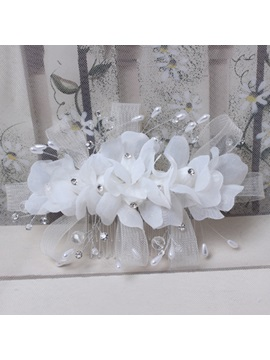 White Pearl Beadings Wedding Hair Flowers