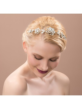 Chic Floral Rhinestone Alloy Hair Flower