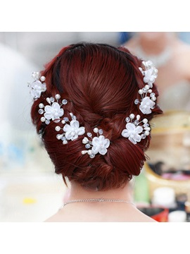 Flower-Shaped with Pearl Hairpins
