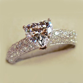 Shining Heart Shaped Zircon 925 Sterling Silver Engagement Ring for Women