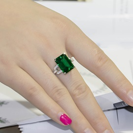 Luxury Big Emerald 925 Sterling Silver Women Engagement/Wedding Ring