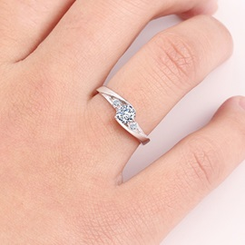 Shining Diamond with Crystal 925 Sterling Silver Wedding Ring