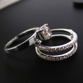 Round Cut SONA Diamond Engagement/Wedding Ring