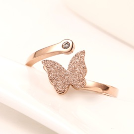 Sweet Butterfly Decorated Delicate Ring
