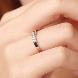 Wonderful 925 Silver Hollow Ring