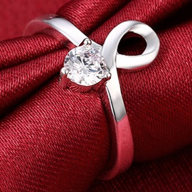 Eight-Shaped Diamante Ring