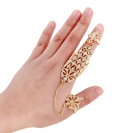 Golden Hollow-Out Flowers Diamante Joint Knuckle Ring