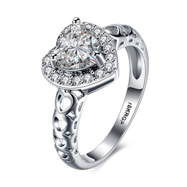 Graceful Rhinestoned Heart-Shaped Ring