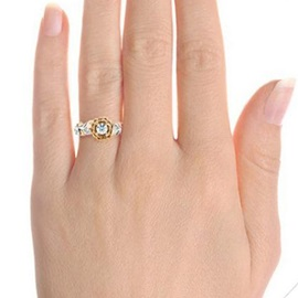 Floral Shaped Alloy Zircon Color Block Engagement Rings