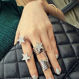 Helix Design Star Pendant Knuckle Rings