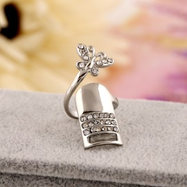 Chic Diamante & Butterfly Pattern Alloy Nail Ring