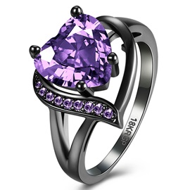 Ultra Violet Heart-Shaped Zircon Black Gun Plated Ring