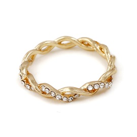 Hot Sale Rhinestone Embellished Torsion Design Wedding Ring