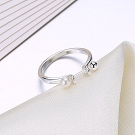 Fashion Pearl Decorated Silver-Plated Party Rings