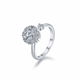Sparkling Round Zircon Deign Silver-Plated Rotatable Ring