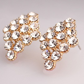 Graceful Rhinestones Inlaid Rhombus Stud Earrings