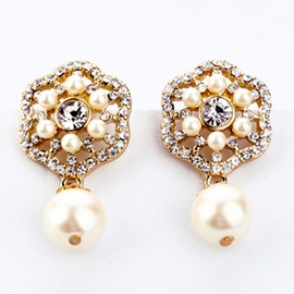 Charming Pearl Flower Earrings