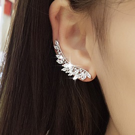 Rhinestone Angel's Wing Design Earrings