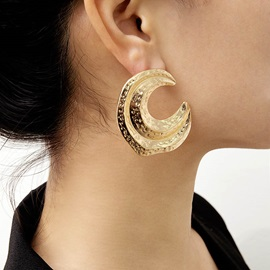 Vintage Crescent Moon Shape Gold Color Party Earrings