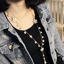 Fashion Flower&Pearl Decorated Necklace