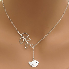 Hot Sale Leaves & Bird Design Pendant Necklace