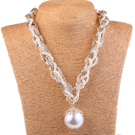 Pearls Pendant Chain Necklace