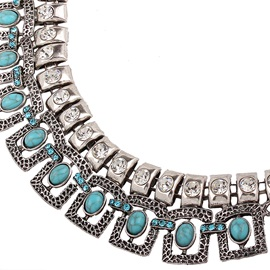 Turquoise Inlaid Short Alloy Necklace