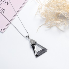 Korean Style Geometric Artificial Crystal Inlaid Pendant Necklace