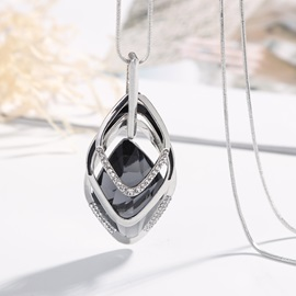 Rhombus Shape Stone Inlaid Imitation Diamond Pendant Necklace