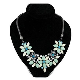 Floral Shape Gem Decorated Beach Snake Chain Necklace