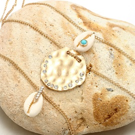 Shell Shape Gold Layered Pendant Necklace