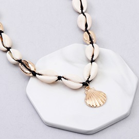 Shell Shape E-plating Pendant Necklace