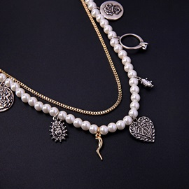 Pearl Pendant Multilayer Necklace