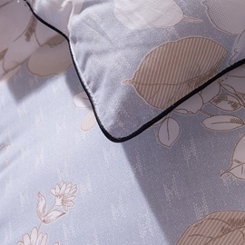 White Flower Blooming Pattern Pastoral Style Blue Feather Fabric Winter Quilt