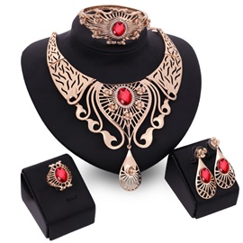 Alloy Vintage Hollow Wedding Jewelry Set for Women