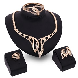 Hot Sale Rhinestones Hollow Women Jewelry Set