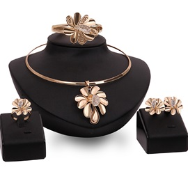 Golden Flowers Imitation Diamond Jewelry Set